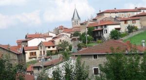 Yzeron village