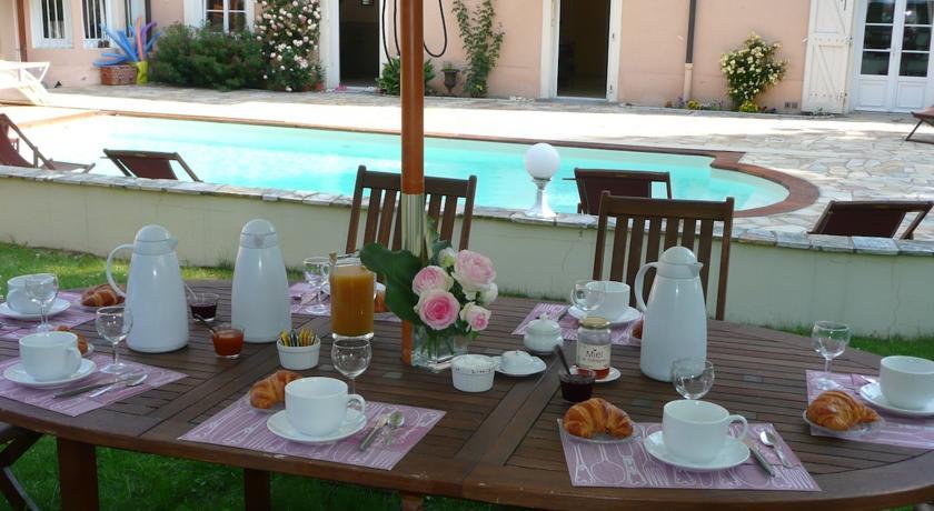 Table d'hôtes - La Maison du Parc - Yzeron - Chambres d'hôte proche de Lyon